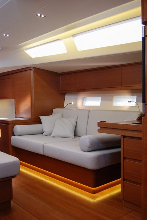 Ice yachts 62 interni